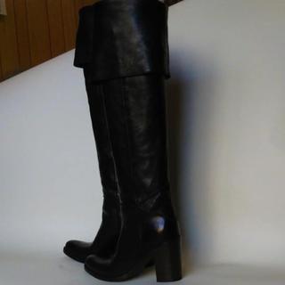 サルトルのロングブーツ(ブーツ)