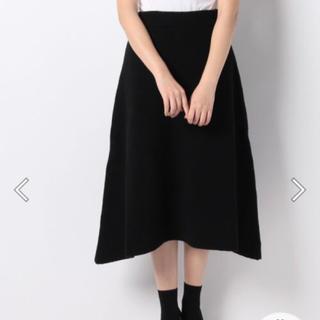 バーニーズニューヨーク(BARNEYS NEW YORK)の新品タグ付き ヴェロフォンナ ウール80% ニットスカート(ひざ丈スカート)