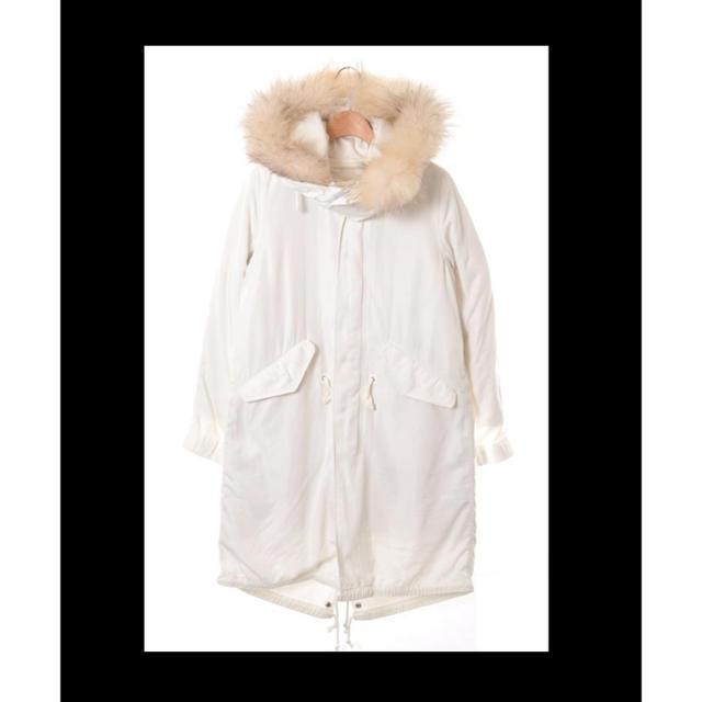 LE CIEL BLEU(ルシェルブルー)のLE CIEL BLEU🖤ホワイトモッズコート 新品未使用保管品 レディースのジャケット/アウター(モッズコート)の商品写真