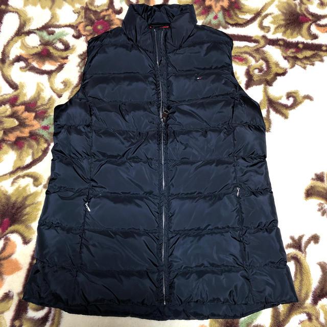 TOMMY HILFIGER(トミーヒルフィガー)のトミーダウンベスト レディースのジャケット/アウター(ダウンベスト)の商品写真
