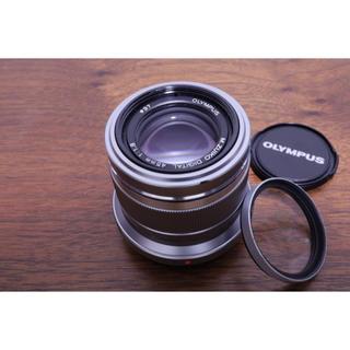 オリンパス(OLYMPUS)のOLYMPUS M.ZUIKO DIGITAL 45mm F1.8 [シルバー](レンズ(単焦点))
