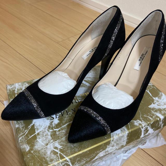 VII XII XXX(セヴントゥエルヴサーティ)の新品未使用品 ⅦⅫXXX 冬用パンプス レディースの靴/シューズ(ハイヒール/パンプス)の商品写真