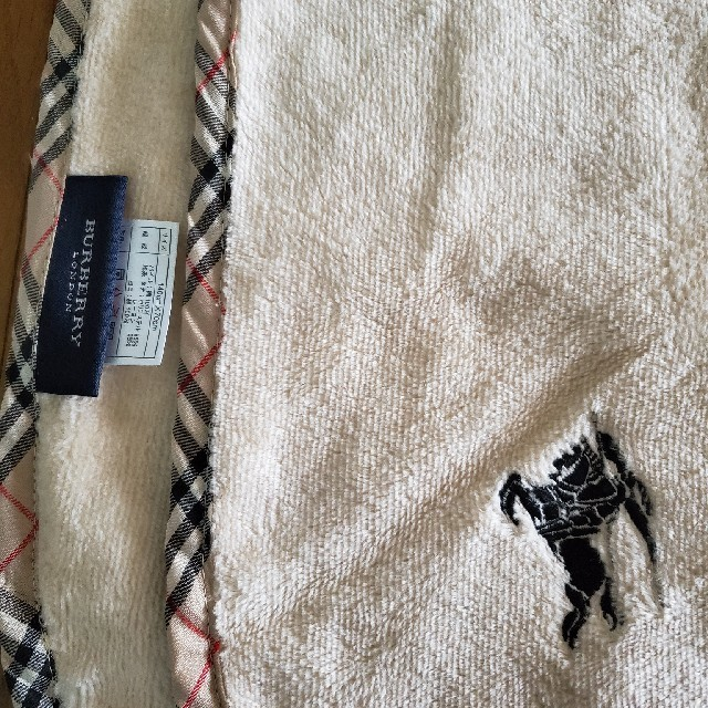BURBERRY(バーバリー)のひざ掛け レディースのファッション小物(その他)の商品写真