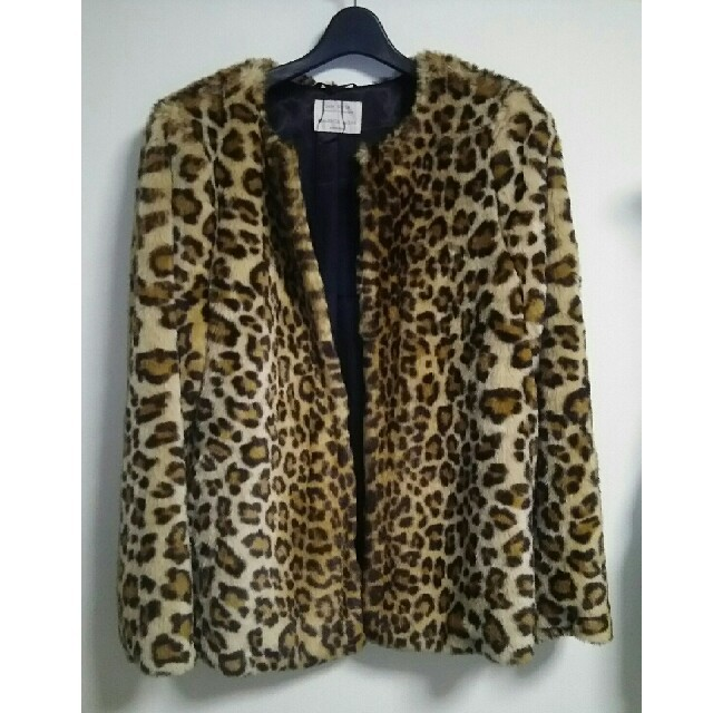 ZARA KIDS(ザラキッズ)のZARA GIRLS レオパ ファーコート レディースのジャケット/アウター(毛皮/ファーコート)の商品写真