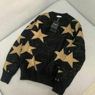 サンローラン(Saint Laurent)のYSL セーター 黒金 星柄 防寒 美品 オシャレ お勧め(ニット/セーター)