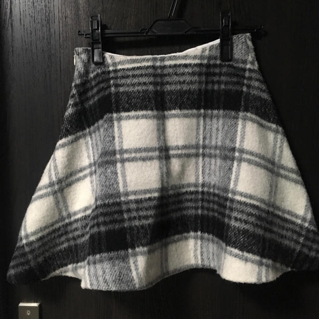 MERCURYDUO(マーキュリーデュオ)のMERCURYDUO シャギーチェックフレアスカート レディースのスカート(ミニスカート)の商品写真