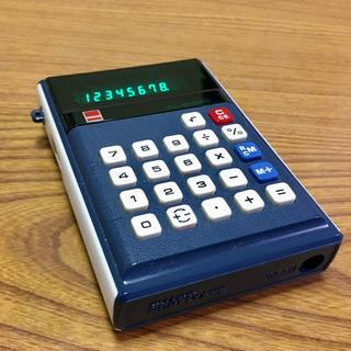 シャープ(SHARP)の昭和47年製シャープの電卓。EL-8100S(OA機器)