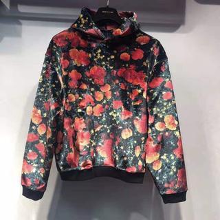 ルイヴィトン(LOUIS VUITTON)の【Louis Vuitton】ポピー 花柄 ベロアパーカー(パーカー)