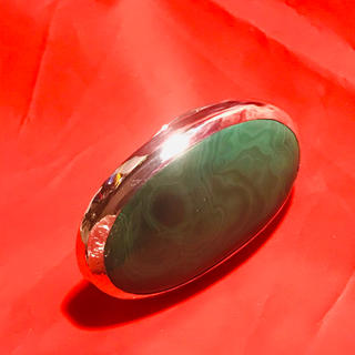大振りグリーンアゲート指輪10 号SV ハンドクラフト1点物パワーストーン風水(リング(指輪))