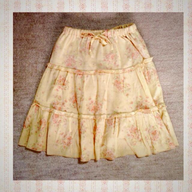 LIZ LISA(リズリサ)のLIZ LISA 花柄スカート レディースのスカート(ひざ丈スカート)の商品写真