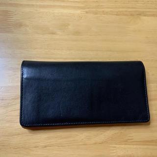 ホワイトハウスコックス(WHITEHOUSE COX)のホワイトハウスコックス ダービーコレクション 馬革  ブラック×タン 長財布(長財布)