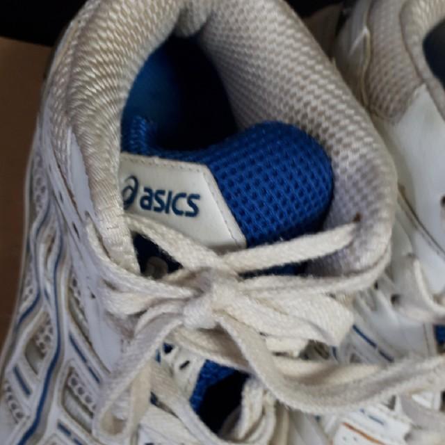 asics(アシックス)のアシックス バスケットシューズ 23,5㎝ 白×青  スポーツ/アウトドアのスポーツ/アウトドア その他(バスケットボール)の商品写真