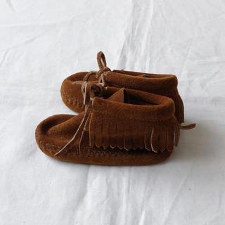 ミネトンカ(Minnetonka)のミネトンカMINNETONKAベビーモカシンシューズ サイズ4/13cm(ブーツ)