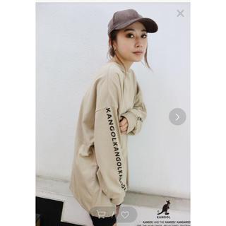 ムルーア(MURUA)のムルーア kangalコラボ人気のベージュ(Tシャツ(長袖/七分))