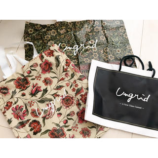 アングリッド(Ungrid)のショッパー(ショップ袋)