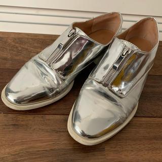 ザラ(ZARA)のyon様専用(ローファー/革靴)