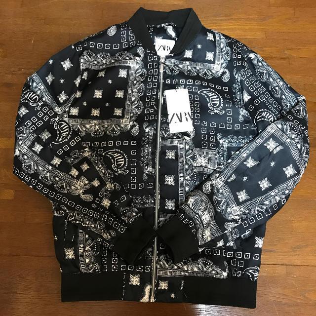 ZARA(ザラ)のタグ付き新品未使用品♡ZARA♡ボンバージャケット メンズのジャケット/アウター(ブルゾン)の商品写真