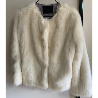 ジーナシス(JEANASIS)の白ファーコート(毛皮/ファーコート)
