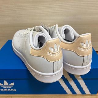アディダス(adidas)の新品!adidas スタンスミス  ゴールド 26.0(スニーカー)
