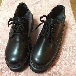 ウィゴー(WEGO)のWEGO 厚底シューズ 黒(ローファー/革靴)