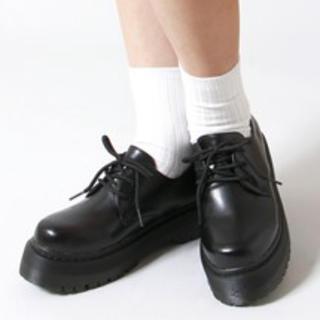 WEGO(ウィゴー)のWEGO 厚底シューズ 黒 レディースの靴/シューズ(ローファー