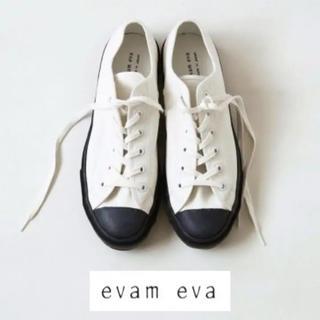 エヴァムエヴァ(evam eva)のevam eva(エヴァムエヴァ)キャンバススニーカー(スニーカー)