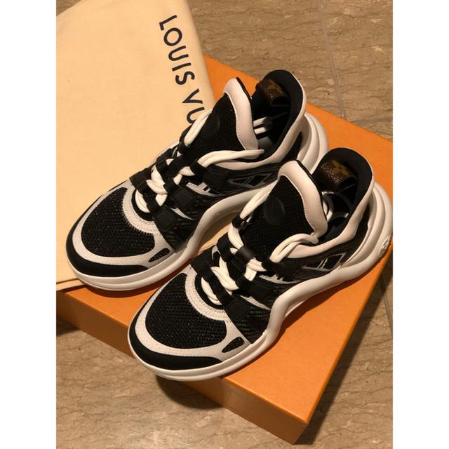 LOUIS VUITTON(ルイヴィトン)のyuiyui様専用新品未使用伊勢丹限定のアークライト35 レディースの靴/シューズ(スニーカー)の商品写真