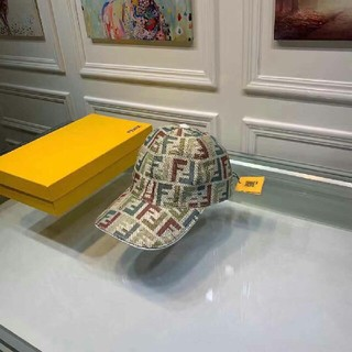 フェンディ(FENDI)のFENDIキャップ帽子(キャップ)