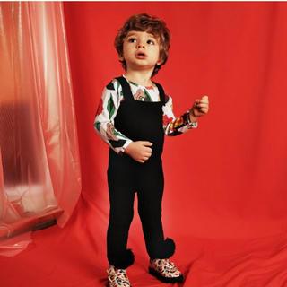 コドモビームス(こども ビームス)の完売♡WOLF&RITAポンポン付ニットサロペットジャンプスーツブラック(その他)