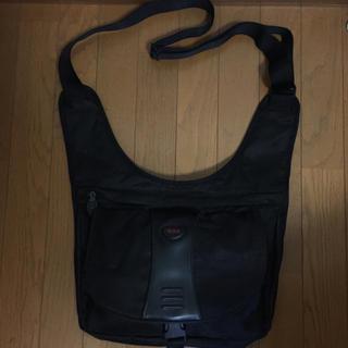 トゥミ(TUMI)のTumi ショルダーバック 黒 メンズ(メッセンジャーバッグ)