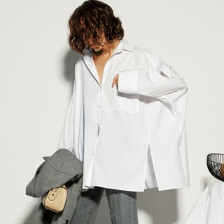 ミラオーウェン(Mila Owen)のmila  owenポンチョ風ボリュームシャツ(シャツ/ブラウス(長袖/七分))