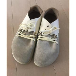 ビルケンシュトック(BIRKENSTOCK)のビルケンシュトック 38 モンタナ ホワイト 24.5(ローファー/革靴)
