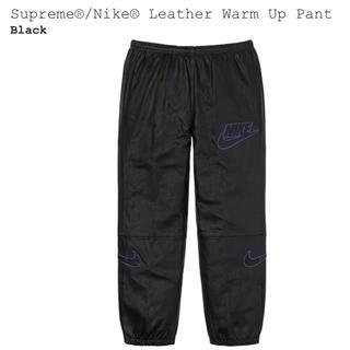 シュプリーム(Supreme)のSサイズ 黒 Supreme NIKE Leather Warm Up Pant(ワークパンツ/カーゴパンツ)