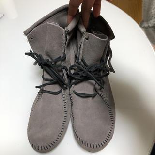 ミネトンカ(Minnetonka)のミネトンカ フリンジショートブーツ サイズ6(ブーツ)