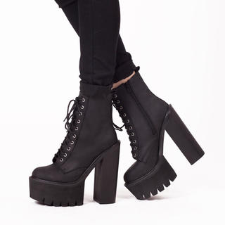 JEFFREY CAMPBELL - JEFFREY Campbell レースアップ厚底ショートブーツ