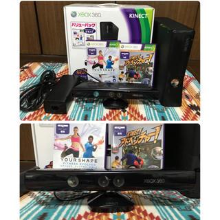 マイクロソフト(Microsoft)のXbox 360 4GB + Kinect 本体 バリューパック ゲーム2本同梱(家庭用ゲーム機本体)