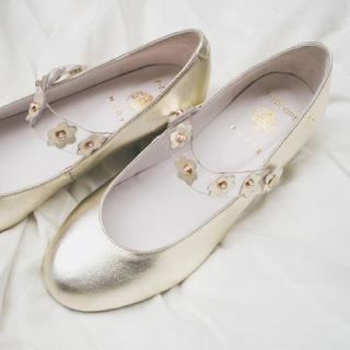 エフトゥループ(F-TROUPE)のHEELED DAISY MARY JANE(GOLD)(ローファー/革靴)