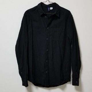エイチアンドエム(H&M)のH&Mブラックシャツ(シャツ)