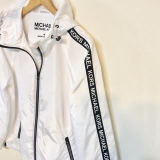 マイケルコース(Michael Kors)のブランドMK ジャンパー フード マイケルコース ジャケット パーカー 新品 白(ブルゾン)