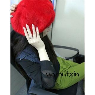 ベレー帽 赤色ファー 帽子 レディース防寒 秋冬 暖かいフワフワ生地(ハンチング/ベレー帽)