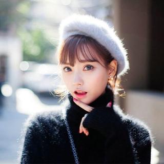 ベレー帽 灰色ファー 帽子 レディース防寒 秋冬 暖かいフワフワ生地(ハンチング/ベレー帽)