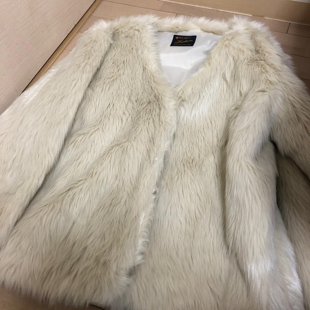 Kastane(カスタネ)のkastane ファーアウター レディースのジャケット/アウター(毛皮/ファーコート)の商品写真