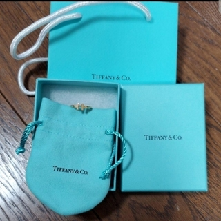 ティファニー(Tiffany & Co.)の成約済み TIFFANY Tワイヤーリング 18K YG  9号 指輪のみ(リング(指輪))