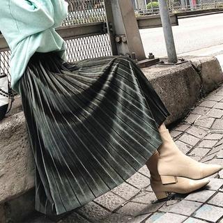 ベロアプリーツスカート グリーン man30(ロングスカート)