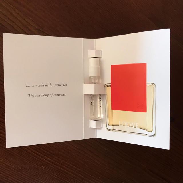 LOEWE(ロエベ)の〈新品未使用〉LOEWE(ロエベ)SOLO ELLA ウーマン サンプル コスメ/美容の香水(香水(女性用))の商品写真