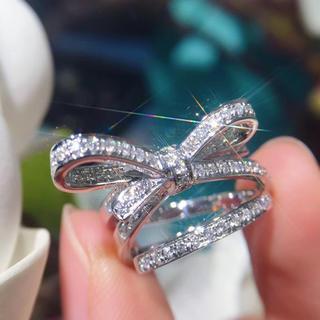 リボン白ダイヤリング(リング(指輪))