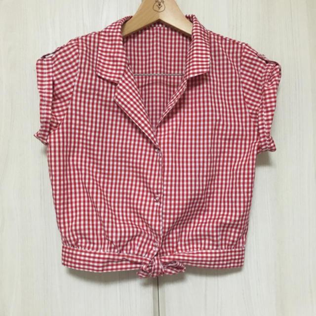 GRL(グレイル)のグレイル 赤チェックシャツ レディースのトップス(シャツ/ブラウス(半袖/袖なし))の商品写真
