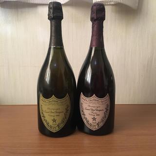 ドンペリニヨン(Dom Pérignon)の激安、ドンペリ1990年ロゼ、1992年白の二本組みです。(シャンパン/スパークリングワイン)