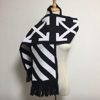 OFF-WHITE. scarf マフラー  オフホワイト スカーフマフラー(マフラー)