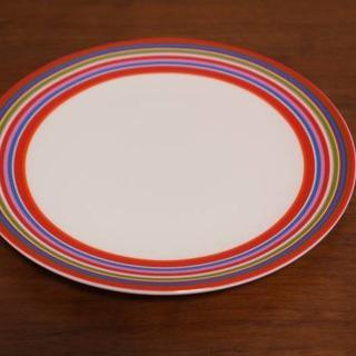 イッタラ(iittala)のイッタラ origo オリゴ レッド プレート 新品    (食器)